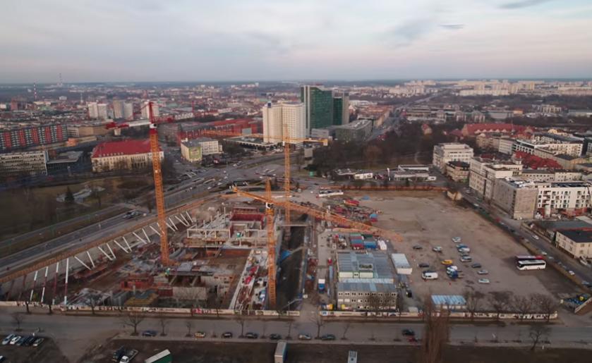 [Poznań] Nowy Rynek z lotu ptaka